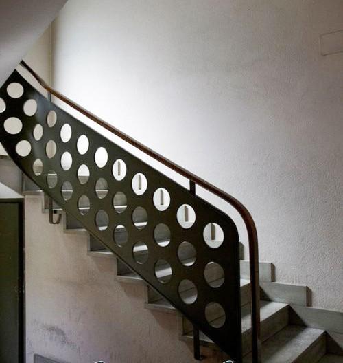 Cầu thang sắt 03