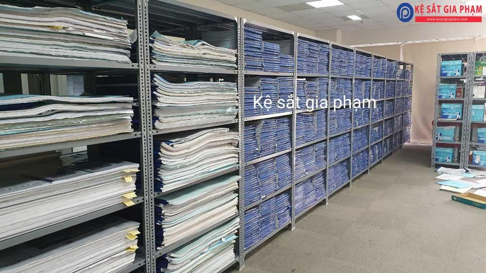 kệ sắt để tài liệu, hồ sơ