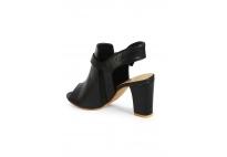 Giày gót vuông thời trang