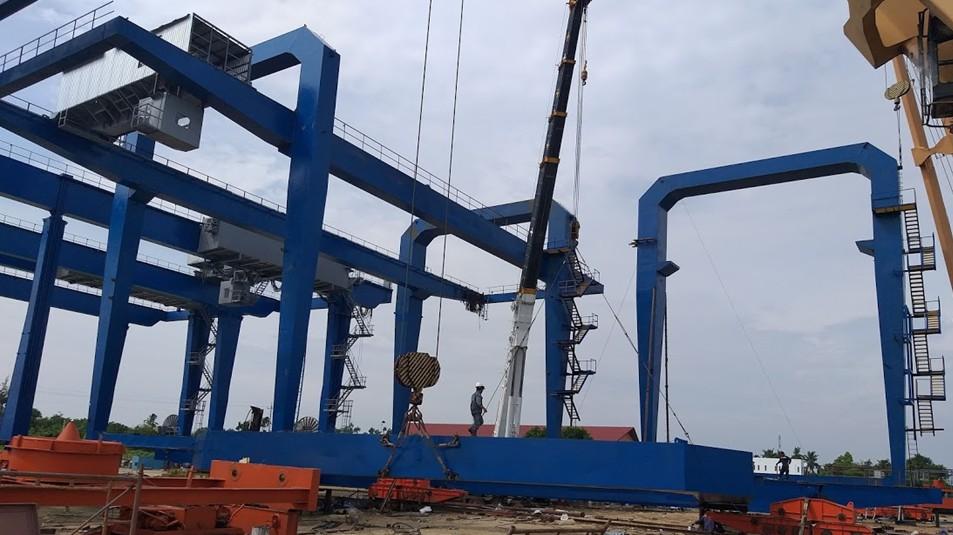 Lắp đặt 06 cẩu RMG – Cảng An Sơn