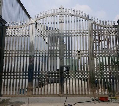 Cửa cổng inox 304