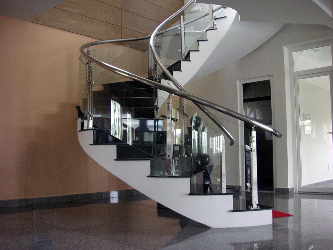 Cầu thang kính cường lực MS04