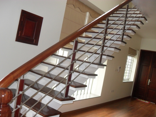Cầu thang inox MS - 016