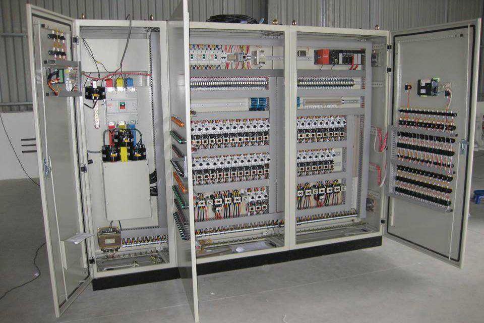 Tủ điện IDEC