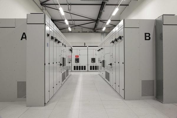 Thi công tủ điện điều khiển