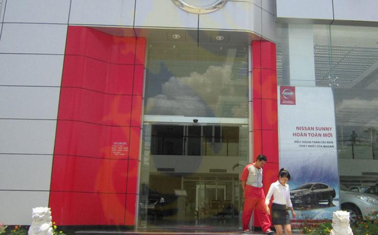 Salon otô Nissan Tân Phú HCM,