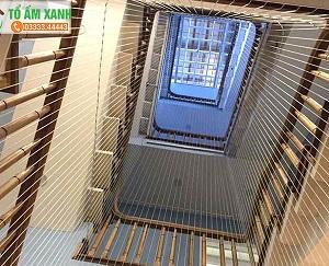 Lưới an toàn cầu thang bảo vệ trường mầm non