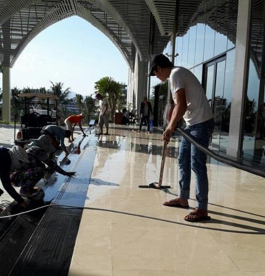 Dịch vụ đánh bóng sàn đá