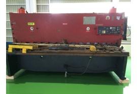 Máy cắt thủy lực Amada 3mx6.5mm