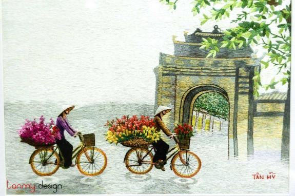 Tranh thêu tay - gánh hàng hoa