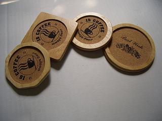 Đế gỗ để ly