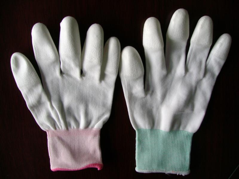 Găng tay chống tích điện