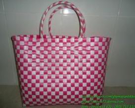Giỏ đan nhựa
