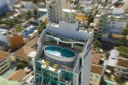 Hồ bơi Prime Hotel