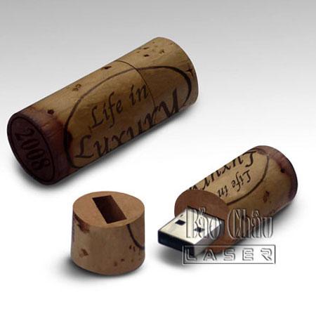 Khắc USB - Gỗ, Da, Kim Loại