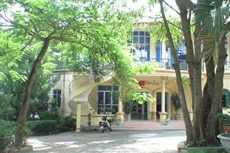Khách sạn Mê Linh