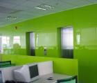 Kính sơn màu ốp tường