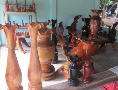 Lục bình gỗ phong thủy