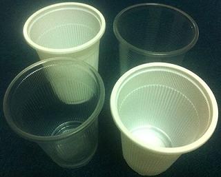 Ly nhựa, Cốc nhựa dùng một lần