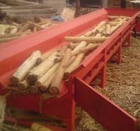 Máy bóc vỏ gỗ