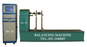 Máy cân bằng động