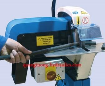 Máy cắt ống Finnpower