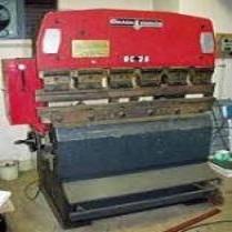 Máy chấn CNC Amada RG-25