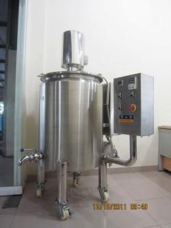 Máy pha chế thuốc nước