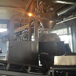 Máy trộn thùng quay