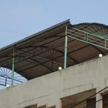 Nhà vòm mái tôn