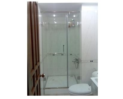 Cửa phòng tắm kính cường lực