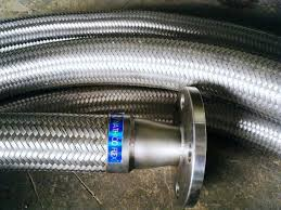 ống dẫn xăng dầu