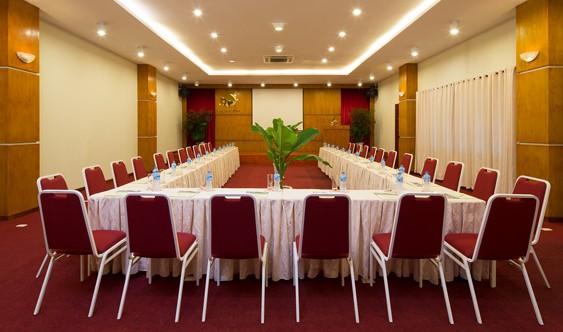 Phòng họp và hội nghị