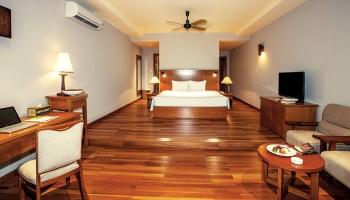 Phòng Luxury Beachfont Bungalow