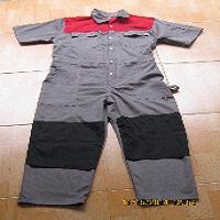 Quần áo bảo hộ ngành tàu biển