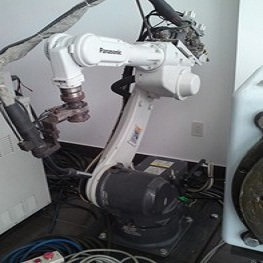 Robot hàn Panasonic TA-1400