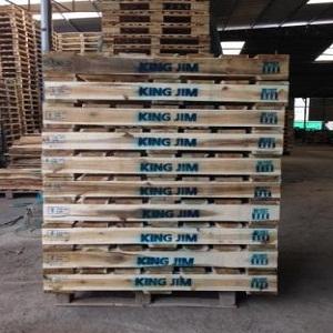Sản xuất pallet gỗ theo yêu cầu