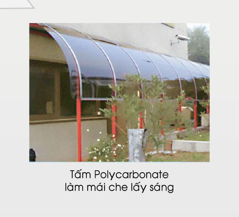 Tấm polycarbonate làm mái che lấy sáng
