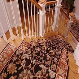 Thảm trải cầu thang, hành lang