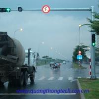 Trụ đèn tín hiệu giao thông