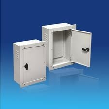Tủ điện SINO âm tường vỏ kim loại