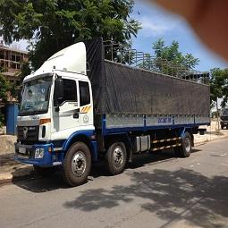 Vận tải hàng hoá bằng đường bộ