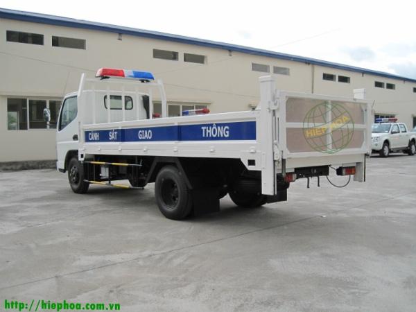 Xe tải có bàn nâng